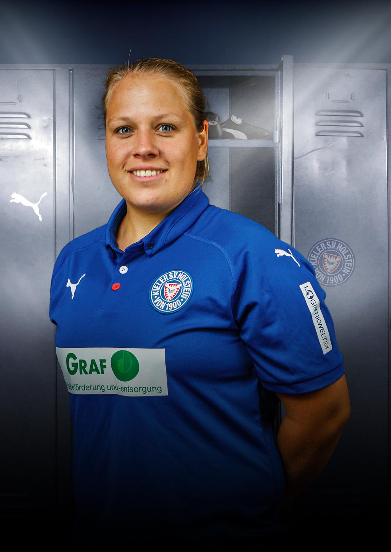 KSV-Women-Player-Erste-13-Selina_Amrein-Angriff