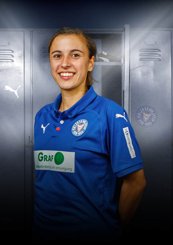 KSV-Women-Player-Erste-18-Lina-Staben-Angriff