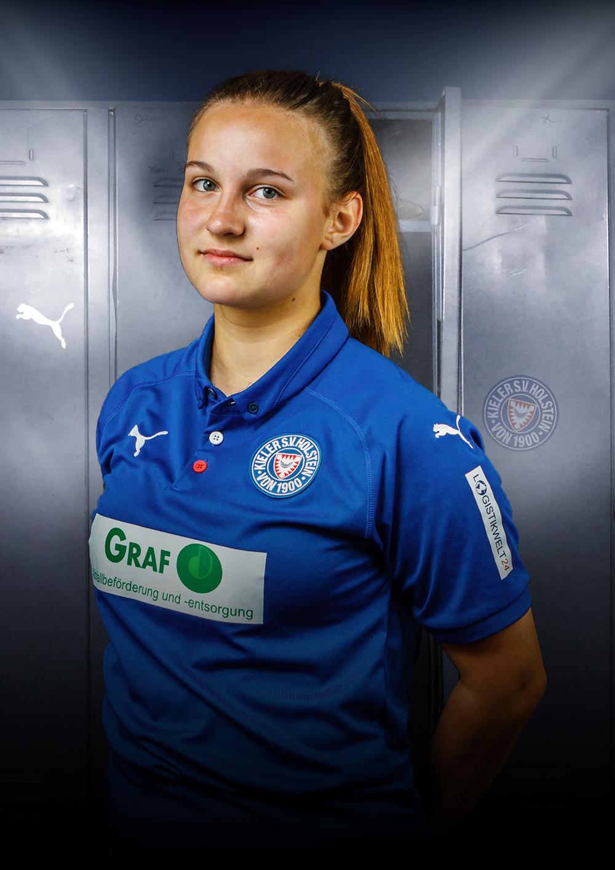 KSV-Women-Player-Erste-8-Anna_Selk-Abwehr