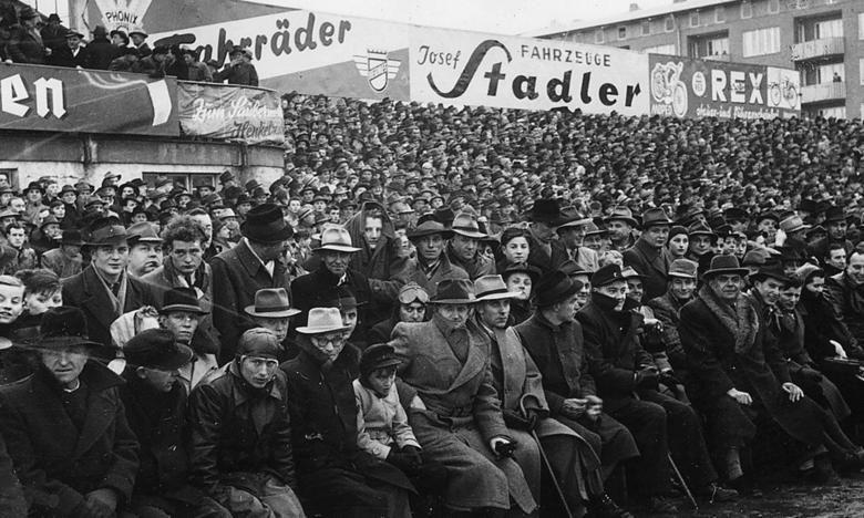 16000 Fans sahen 1949 durchschnittlich die Erstliga Heimspiele im Jahnstadion