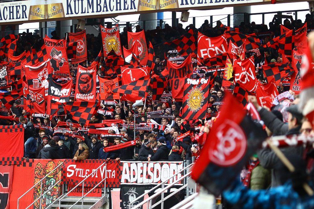 Stimmungsvolle Kulisse im Nürnberger Max-Morlock-Stadion beim Spiel gegen Holstein Kiel