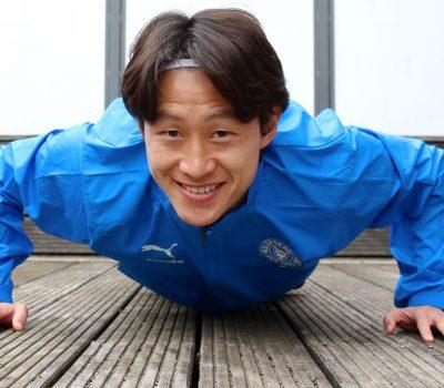 20200401 Jae Sung Lee beim Training auf seiner heimischen Terrasse
