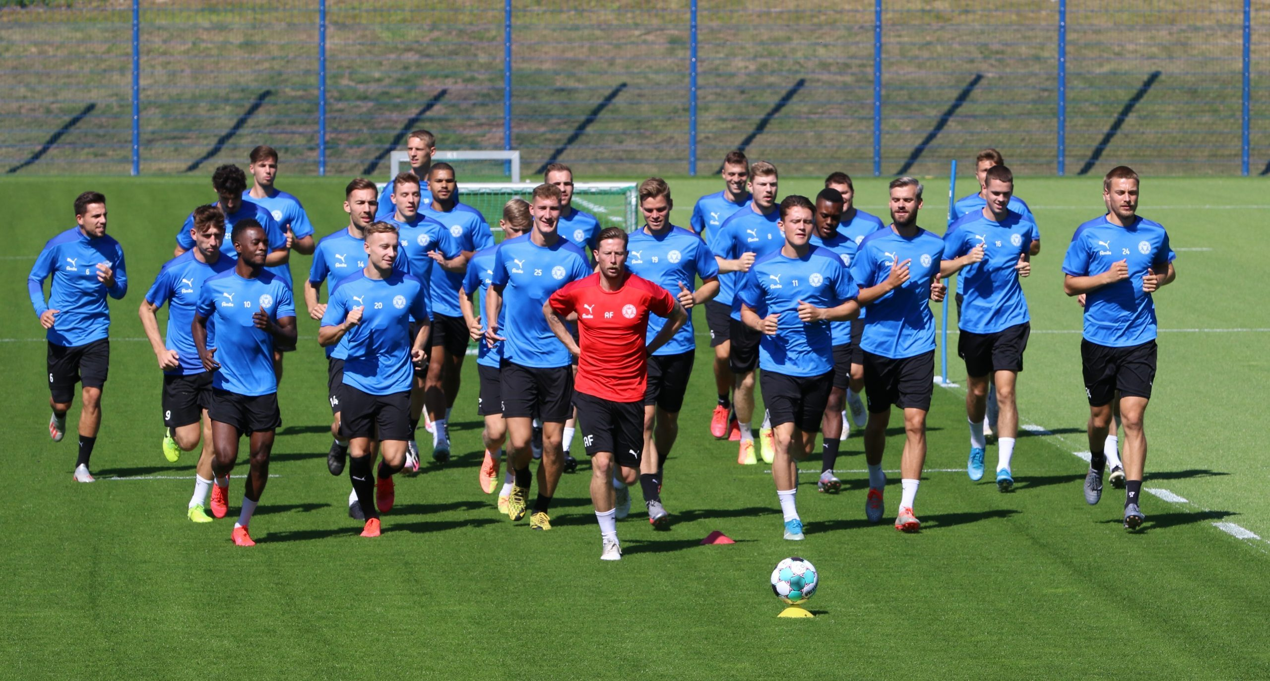 20200806 Aufgalopp der Störche zur neuen Saison mit Athletiktrainer Andre Filipovic