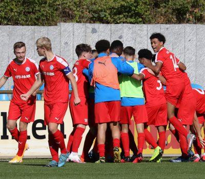 20200920 Jubel nach dem U17 Führungstreffer gegen Hertha BSC 02
