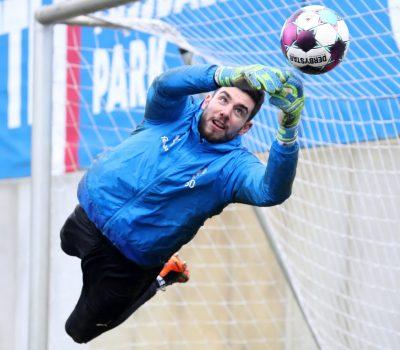 Ioannis Gelios vor dem Spiel in Paderborn