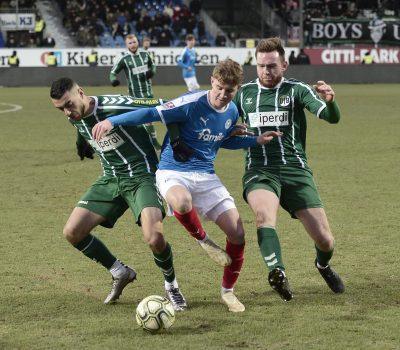 Regionalliga Nord Holstein II - VfB Lübeck Mats Mehlan - Miguel Fernandes , Tim Weissmann