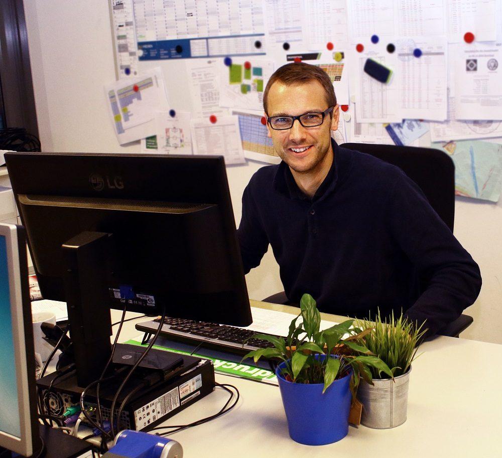 Fabian Müller leitet seit Sommer 2010 das Nachwuchsleistungszentrum_bearbeitet